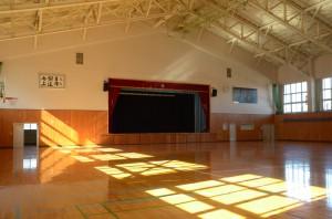 懐かしの体育館